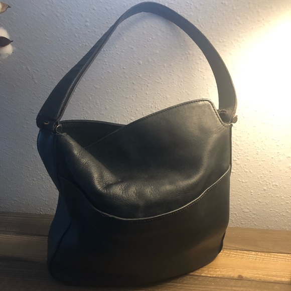 Coach Handbags - Coach Black Leather Purse